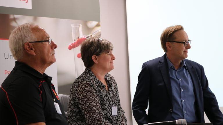 Mitarbeiter treffen HAE-Patientin in Marburg